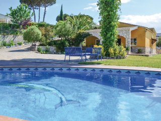 4 bedroom Villa in Montbarbat, Catalonia, Spain : ref 5546468