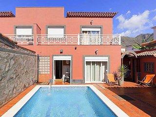 3 bedroom Apartment in Bajamar, Canary Islands, Spain - 5556108
