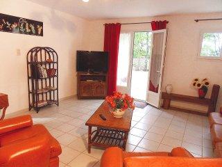 2 bedroom Villa in Flassan, Provence-Alpes-Côte d'Azur, France : ref 5517255