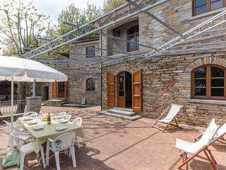 4 bedroom Villa in Metati Rossi Alti, Tuscany, Italy : ref 5540491