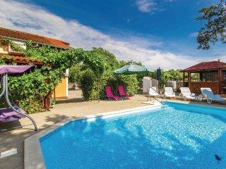 4 bedroom Villa in Sveti Anton, Primorsko-Goranska Zupanija, Croatia - 5521093