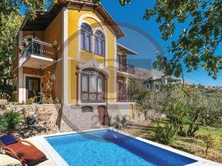 3 bedroom Villa in Visak, Splitsko-Dalmatinska Zupanija, Croatia : ref 5571481