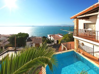4 bedroom Villa in Santa Rosa de Puig-rom, Catalonia, Spain : ref 5514551