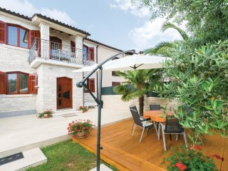 2 bedroom Villa in Galizana, Istria, Croatia : ref 5542586