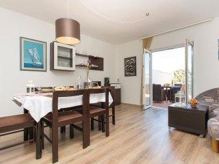 3 bedroom Villa in Klimno, Primorsko-Goranska A1/2upanija, Croatia : ref 5521107