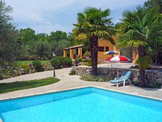 4 bedroom Villa in Le Gravamoura, Provence-Alpes-Cote d'Azur, France : ref 55155