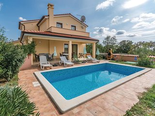 4 bedroom Villa in Sarici, Istria, Croatia : ref 5520499