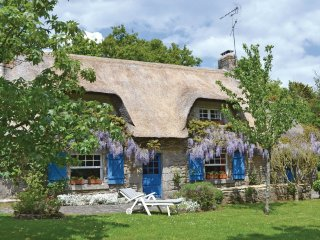 2 bedroom Villa in Kerviniou, Brittany, France : ref 5522064