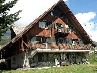 Chalet ad Antagnod (due appartamenti da 8 e 6 posti letto)