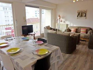 3 bedroom Apartment in Saint-Jean-de-Luz, Nouvelle-Aquitaine, France : ref 55689