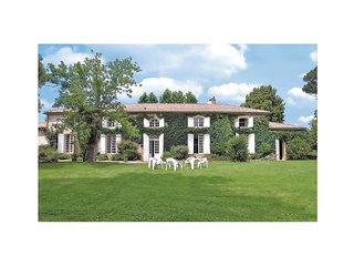 6 bedroom Villa in Aillas, Nouvelle-Aquitaine, France : ref 5521931
