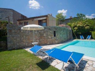 2 bedroom Villa in Badiaccia A Montemuro, Tuscany, Italy : ref 5514838