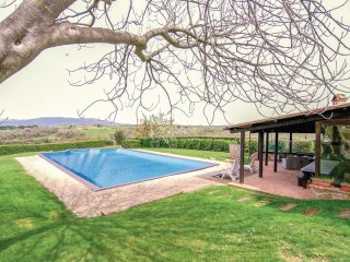 2 bedroom Villa in Pitigliano, Tuscany, Italy : ref 5571338