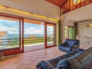 4 bedroom Villa in Dramalj, Primorsko-Goranska Županija, Croatia : ref 5520991