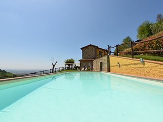 2 bedroom Villa in Pistoia, Tuscany, Italy : ref 5404936