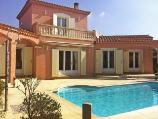 3 bedroom Villa in Mouries, Provence-Alpes-Cote d'Azur, France : ref 5519732