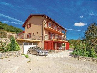 7 bedroom Villa in Crni Kal, Licko-Senjska Zupanija, Croatia : ref 5521628