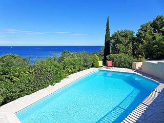 4 bedroom Villa in La Nartelle, Provence-Alpes-Côte d'Azur, France : ref 5518038