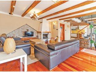 2 bedroom Villa in Krasica, Primorsko-Goranska Županija, Croatia : ref 5520995