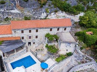 3 bedroom Apartment in Topolo, Dubrovacko-Neretvanska Zupanija, Croatia : ref 55