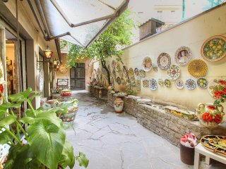 3 bedroom Apartment in Florence, Tuscany, Italy : ref 5513216