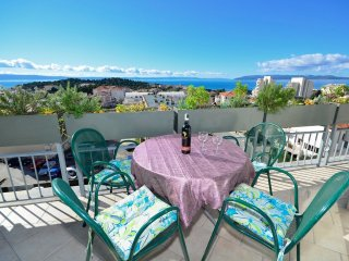 3 bedroom Apartment in Makarska, Splitsko-Dalmatinska Županija, Croatia : ref 55