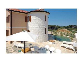 4 bedroom Villa in Košljun, Zadarska Županija, Croatia : ref 5521498