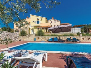 6 bedroom Villa in Pavicini, Istria, Croatia : ref 5520374