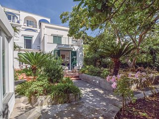 2 bedroom Villa in Capri, Campania, Italy : ref 5571527