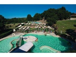 2 bedroom Villa in Sant'Anna, Tuscany, Italy : ref 5523536