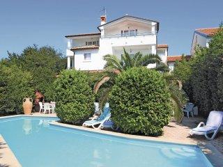 5 bedroom Apartment in Vinkuran, Istarska Zupanija, Croatia - 5520626