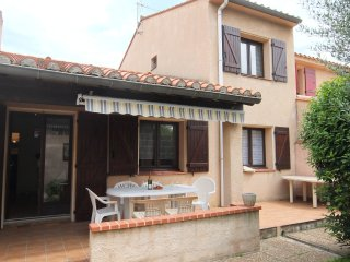 4 bedroom Apartment in Saint-Cyprien-Plage, Occitania, France : ref 5546816