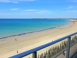 3 bedroom Apartment in St-Malo, Brittany, France : ref 5557415