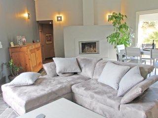 2 bedroom Villa in Montboucher-sur-Jabron, Auvergne-Rhône-Alpes, France : ref 55
