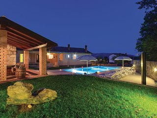 4 bedroom Villa in Pican, Istria, Croatia : ref 5520323