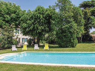 5 bedroom Villa in Montélimar, Auvergne-Rhône-Alpes, France : ref 5565730