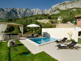2 bedroom Villa in Puharici, , Croatia : ref 5519739