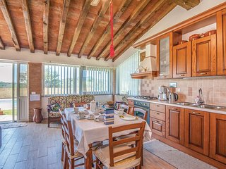 2 bedroom Villa in Caldana, Tuscany, Italy : ref 5545736