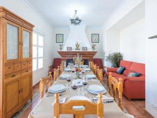 6 bedroom Villa in La Alqueria y Valcasao, Andalusia, Spain : ref 5571510