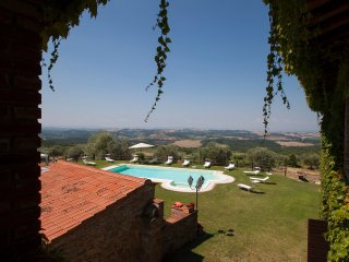 8 bedroom Villa in Armaiolo, Tuscany, Italy - 5517657