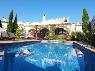 3 bedroom Villa in Empuriabrava, Catalonia, Spain : ref 5514583