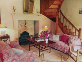 3 bedroom Villa in Tuilière, Nouvelle-Aquitaine, France : ref 5534343