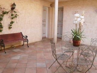 4 bedroom Villa in La Croix-Valmer, Provence-Alpes-Côte d'Azur, France : ref 551