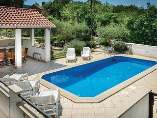 4 bedroom Villa in Gruda, Dubrovacko-Neretvanska Zupanija, Croatia : ref 5561871