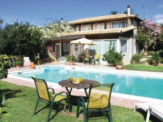 4 bedroom Villa in Methóni, Peloponnese, Greece : ref 5561626