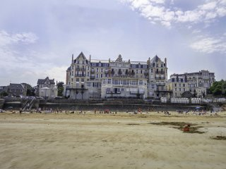 3 bedroom Apartment in Saint-Lunaire, Brittany, France : ref 5547659