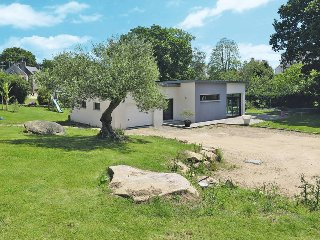 3 bedroom Villa in Douarnenez, Brittany, France : ref 5438123