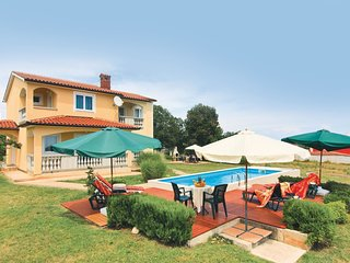 4 bedroom Villa in Valtura, Istria, Croatia : ref 5520411
