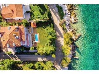 5 bedroom Villa in Njivice, Primorsko-Goranska Županija, Croatia : ref 5521172