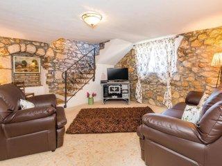 3 bedroom Villa in Obrs, Primorsko-Goranska Županija, Croatia : ref 5521363
